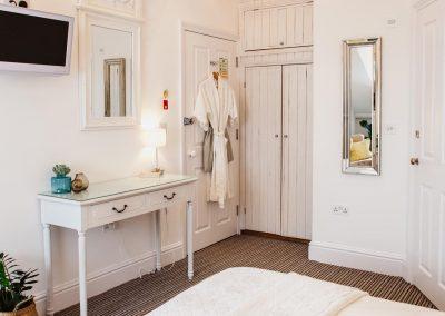 Room8_4488